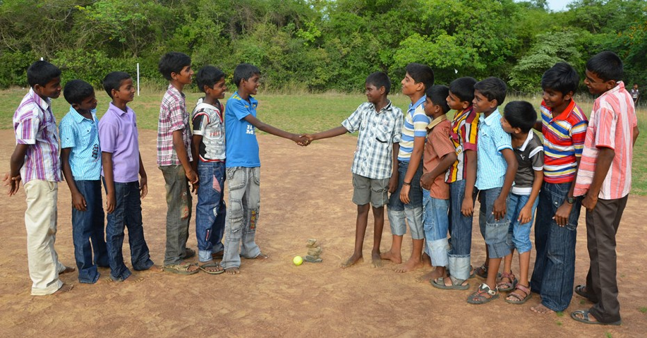 Traditional Game in India: Seven Stones Handshake