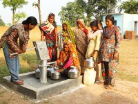 Sustainable Water Women at Well