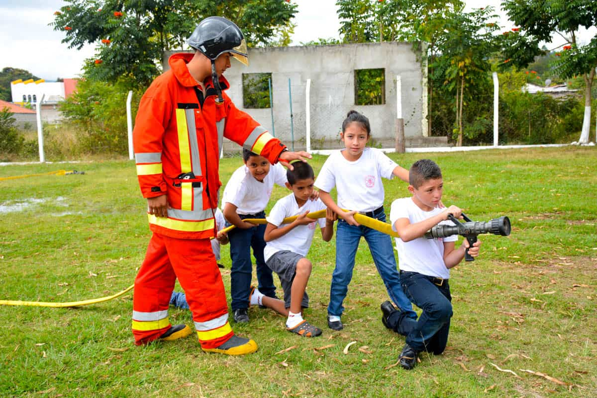 firefighter paper essay The firefighter essay, buy custom the firefighter essay paper cheap, the firefighter essay paper sample, the firefighter essay sample service online.