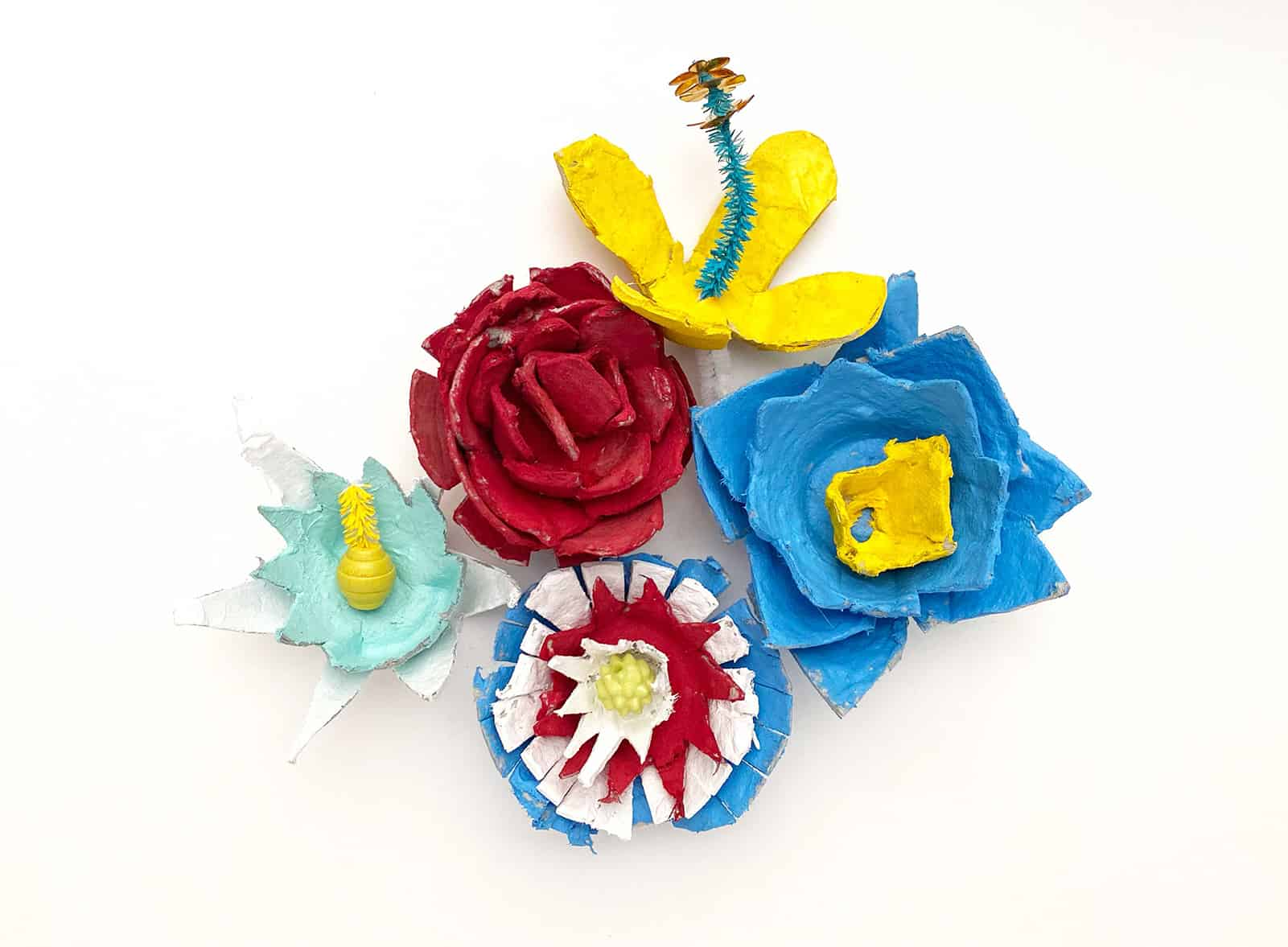 Fun family activities at home: flowers made from cardboard egg cartons