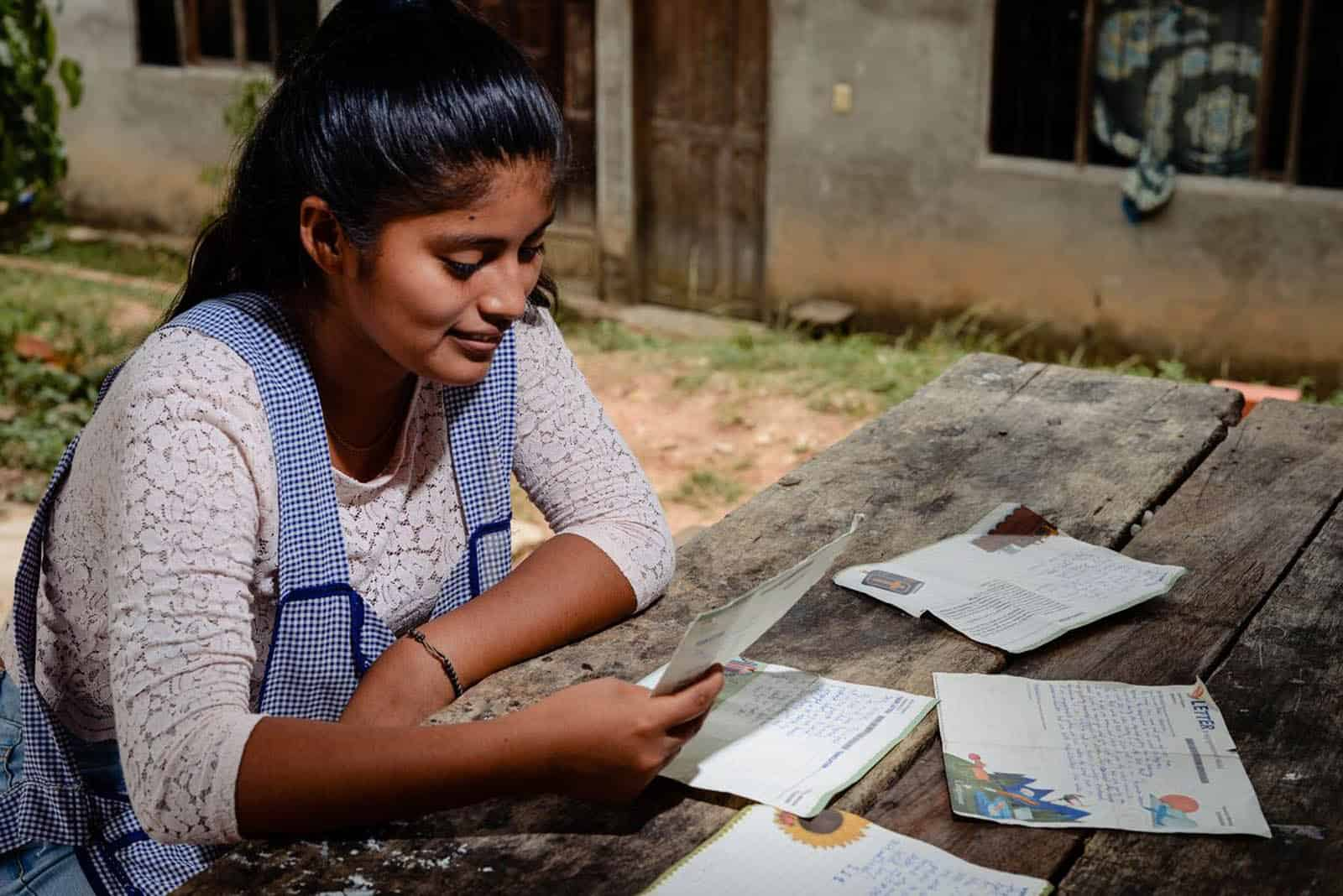 4 Ways Letter Writing Benefits You and the Child You Sponsor