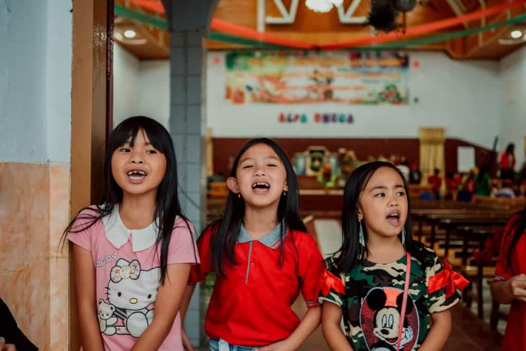 Kenzhia, Renata and Chelsea. Karunia and her friends put on a great show with singing and dancing.